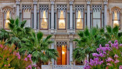 002899-11-Ciragan_Palace_East_Entrance