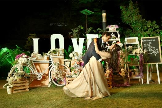 #mikuloveskimi #rambherwaniweddings #wedtease #signage #cupid #chalkboard #love #wedtease #couplegoals